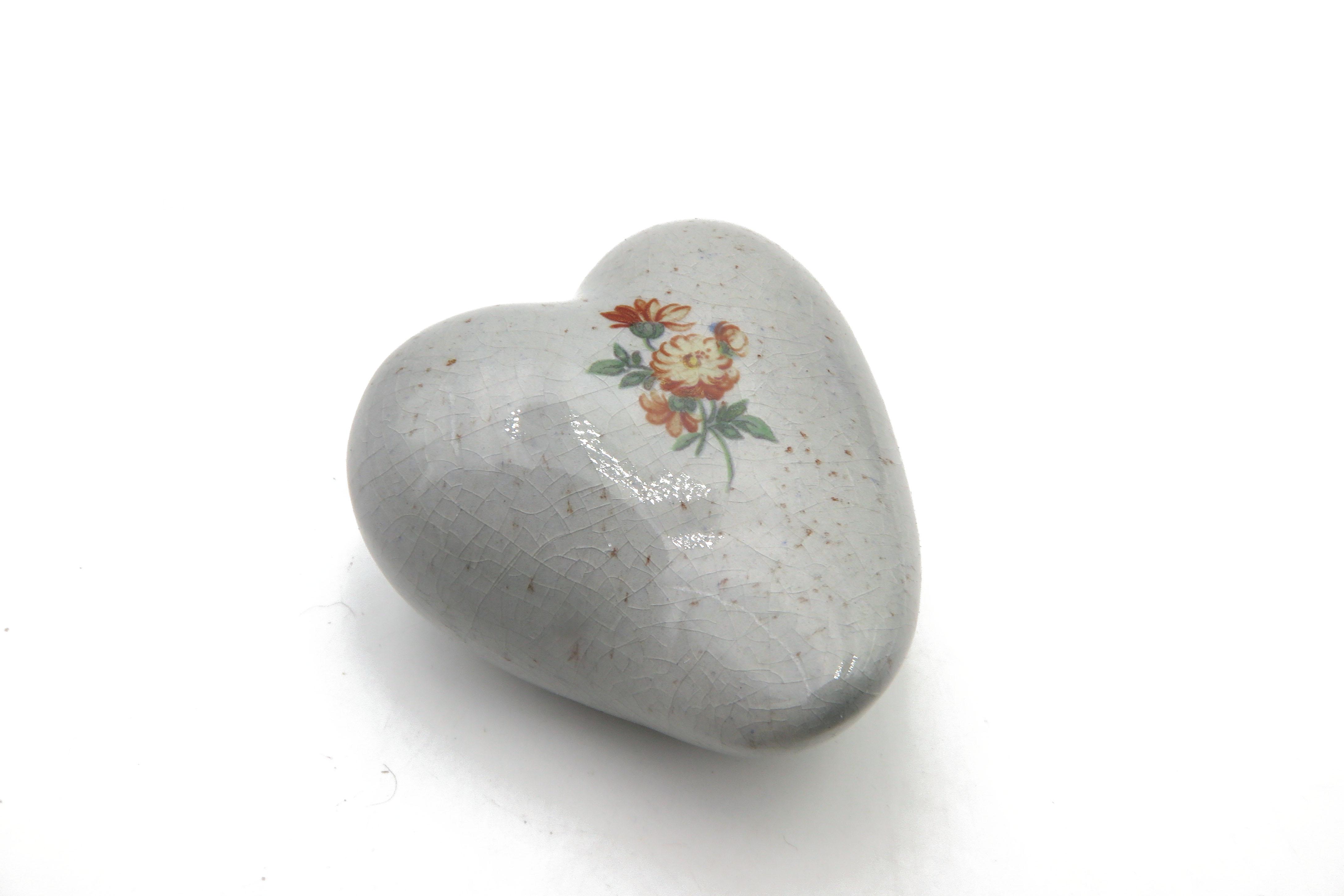 Herz mit nostalgischen Streublümchen / 5,5 cm